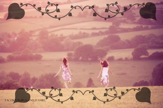 mood-girls-fields-hills